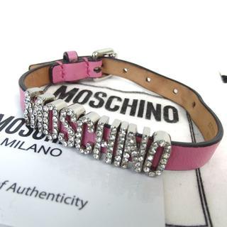 モスキーノ(MOSCHINO)のモスキーノ ビジューロゴ ブレスレット レザー29-405(ブレスレット/バングル)