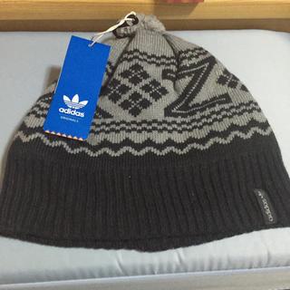 アディダス(adidas)のアディダスニット帽(ニット帽/ビーニー)