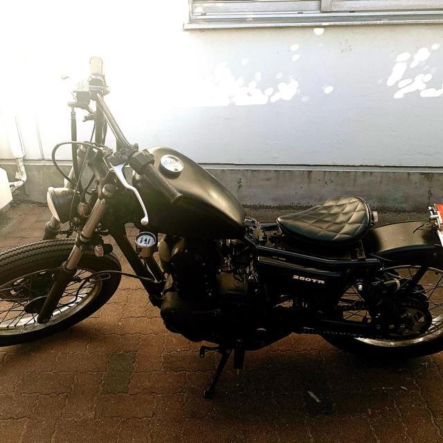 カワサキ(カワサキ)のKawasaki 250tr カスタム 自動車/バイクのバイク(パーツ)の商品写真