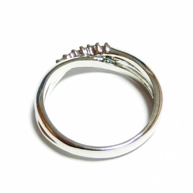 17号 クロスライン スワロフスキー ペリドット シルバーリング レディースのアクセサリー(リング(指輪))の商品写真