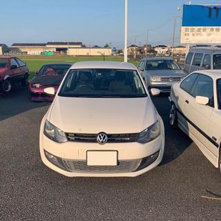 フォルクスワーゲン(Volkswagen)のフォルクスワーゲン ポロ TSI 車検2年付き 内外装共に綺麗です(車体)