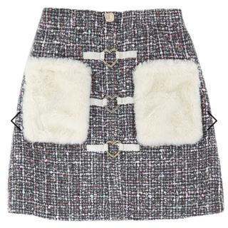 ボボンニジュウイチ(Bobon21)の『新品タグ付き』ツイードファーポケットスカート(ミニスカート)