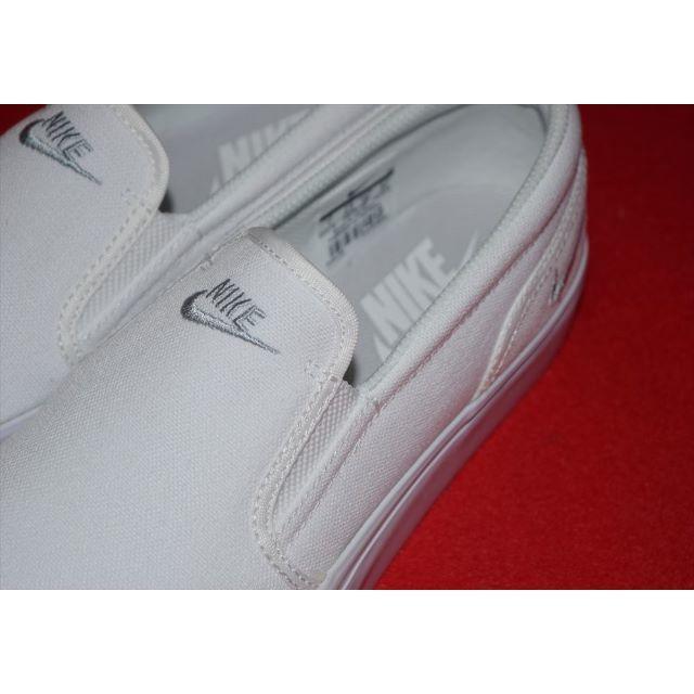 NIKE(ナイキ)のナイキ トキスリップ キャンパス 24.0 レディースの靴/シューズ(スリッポン/モカシン)の商品写真