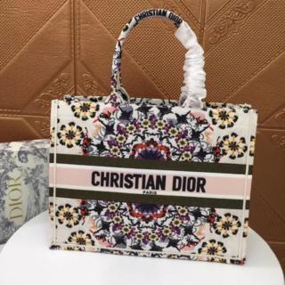 クリスチャンディオール(Christian Dior)のディオール ブックトート スモール ミニ(トートバッグ)