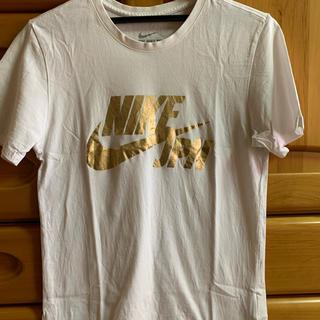 NIKE - NIKETシャツ