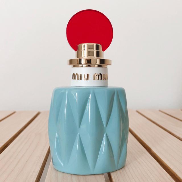 miumiu(ミュウミュウ)のミュウミュウ オードパルファム 50ml コスメ/美容の香水(香水(女性用))の商品写真