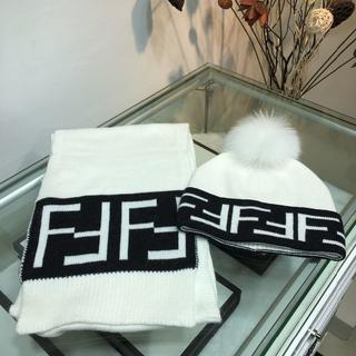 フェンディ(FENDI)のFENDIマフラー ニット帽 セット(ハンチング/ベレー帽)