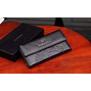 ヴェルサーチ(VERSACE)の美品 VERSACE 長財布(長財布)