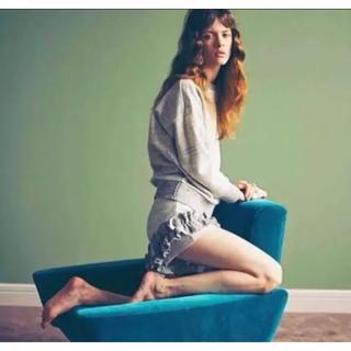 リリーブラウン(Lily Brown)のリリーブラウン  ニット素材 フリルショートパンツのセットアップ グレー系 (その他)
