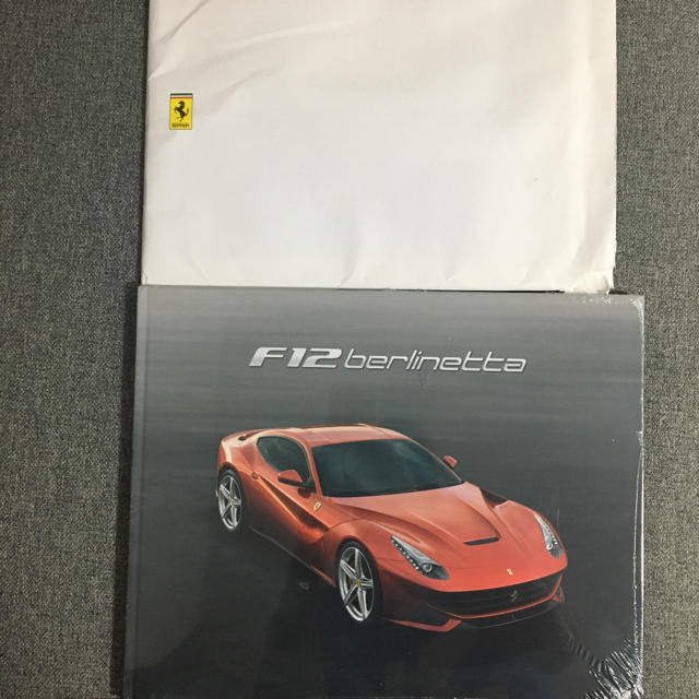Ferrari(フェラーリ)の【非売品】マニア必見Ferrari F12 Berlinetta カタログ  自動車/バイクの自動車(カタログ/マニュアル)の商品写真