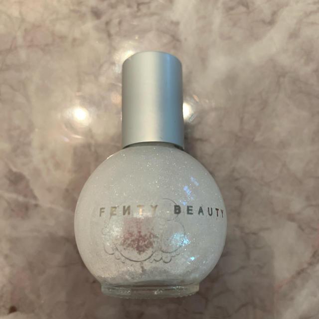 Sephora(セフォラ)のRihanna fenty beauty ダイヤモンドリキッド ハイライト コスメ/美容のベースメイク/化粧品(フェイスカラー)の商品写真