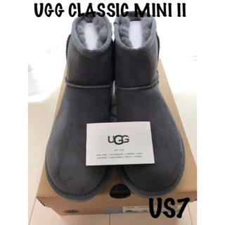 アグ(UGG)の正規品UGG アグ クラッシックミニ US7 24cmサイズ交換可◎(ブーツ)