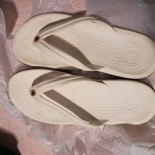 クロックス(crocs)のクロックス ホワイト ビーチサンダル 8 10 26cm(サンダル)