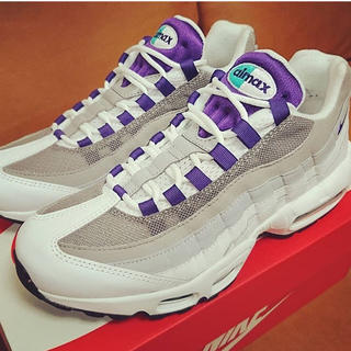 ナイキ(NIKE)のNIKE WMNS AIR MAX 95 grape purple(スニーカー)