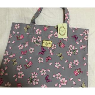 ラデュレ(LADUREE)のラデュレ  トートバッグ 新品未使用 タグ付き さくら サクラ 桜 マカロン(トートバッグ)