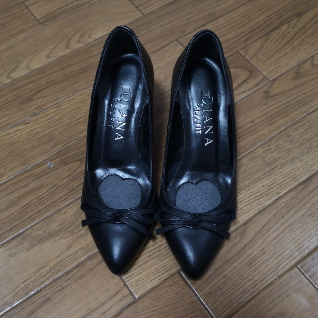 DIANA(ダイアナ)の【試着のみ】 21.0cmEE DIANA黒パンプス レディースの靴/シューズ(ハイヒール/パンプス)の商品写真