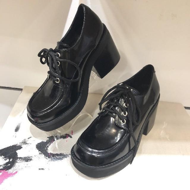 JEFFREY CAMPBELL(ジェフリーキャンベル)のJeffrey Campbell スクエアトゥ厚底レースアップシューズ レディースの靴/シューズ(ローファー/革靴)の商品写真