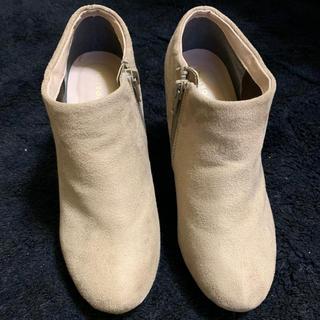 ジエンポリアム(THE EMPORIUM)の美品✨ジ エンポリアム スエード調 ショートブーツ ベージュ 24cm(ブーツ)
