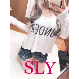 スライ(SLY)の1138.SLY ペイントデザイン バック長め ロンT カットソー 切りっぱなし(Tシャツ(長袖/七分))