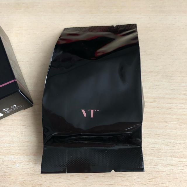 防弾少年団(BTS)(ボウダンショウネンダン)のVT ブラックコラーゲンパクト リフィル #23 コスメ/美容のベースメイク/化粧品(ファンデーション)の商品写真