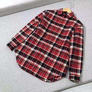 バレンシアガ(Balenciaga)のBALENCIAGA チェックネルシャツ オーバーサイズ/赤(シャツ)