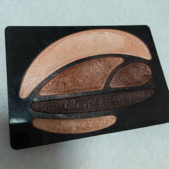 AUBE couture(オーブクチュール)のオーブクチュール アイシャドウ ブラウン系 コスメ/美容のベースメイク/化粧品(アイシャドウ)の商品写真