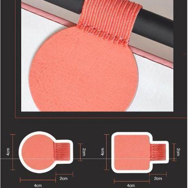ペンループ ペンクリップ レザー 自己粘着 シールタイプ ブラック 丸 インテリア/住まい/日用品の文房具(ペンケース/筆箱)の商品写真