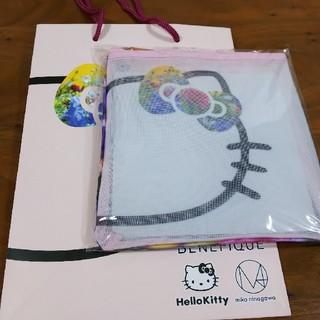 ハローキティ - 【そあらたん様専用】★ベネフィーク×ハローキティ★オリジナルポーチ&紙袋