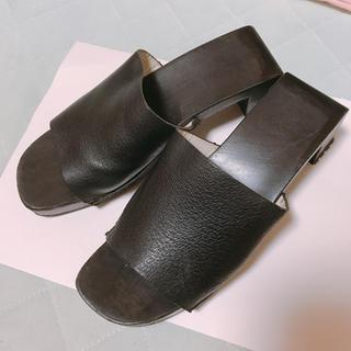 グッチ(Gucci)の【Gucci】ブラック 木製サンダル 本革(サンダル)