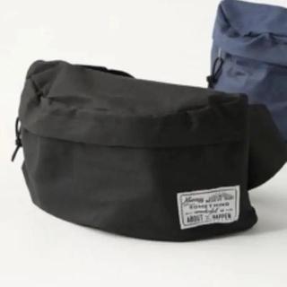 スリーコインズ(3COINS)の新品 スリーコインズ ボディバッグ ウエストバッグ 黒 ブラック(ボディバッグ/ウエストポーチ)