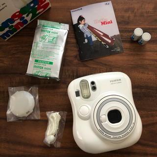 フジフイルム(富士フイルム)の【6,000円→5,000】チェキ instax mini 25(フィルムカメラ)