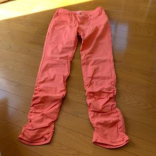 パンツ サーモンピンク くしゅくしゅパンツ 大きいサイズ 新品未使用(カジュアルパンツ)