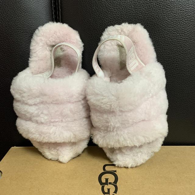 UGG(アグ)のUGG サンダル 16センチ キッズ/ベビー/マタニティのキッズ靴/シューズ (15cm~)(サンダル)の商品写真