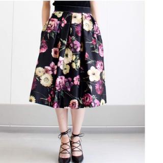 リナシメント(RINASCIMENTO)の美品 リナシメント スカート 半額以下で(ひざ丈スカート)