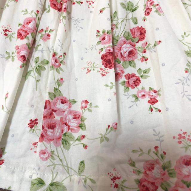 95㎝ バラ柄ワンピース キッズ/ベビー/マタニティのキッズ服女の子用(90cm~)(ドレス/フォーマル)の商品写真