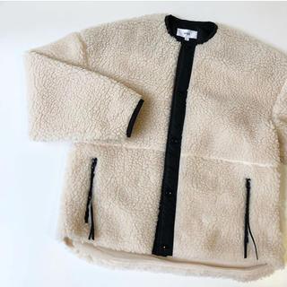 ハイク(HYKE)のHYKE ボアジャケット ホワイト 美品 ハイク ボアコート(毛皮/ファーコート)