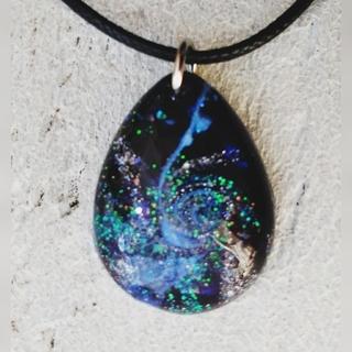 レジン ドロップ型 ネックレス 銀河(ネックレス)