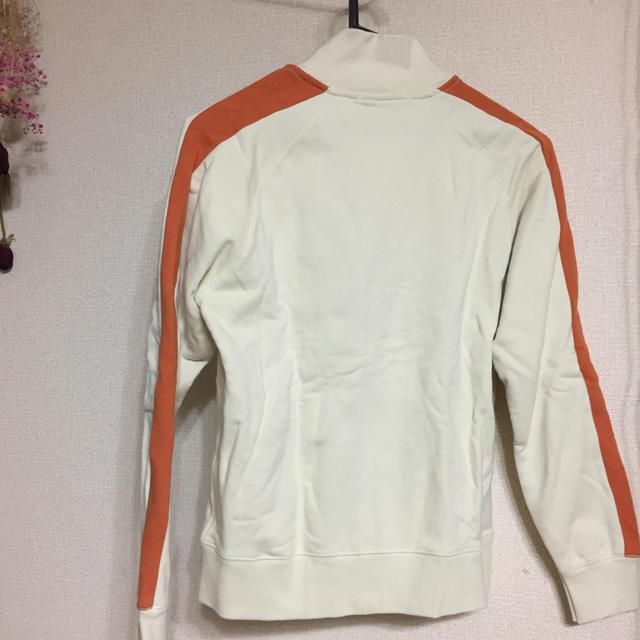 ikka(イッカ)のIKKaのファスナー付きスウェット 150㎝ キッズ/ベビー/マタニティのキッズ服男の子用(90cm~)(ジャケット/上着)の商品写真