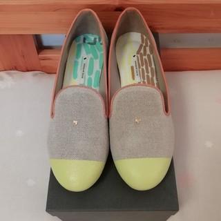 ミナペルホネン(mina perhonen)のミナペルホネン フラットシューズ 未使用(ローファー/革靴)