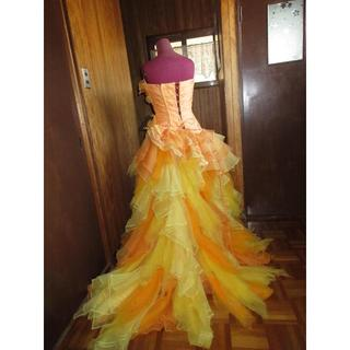 ウエディングドレス カクテル 高級ホテル内のブライダルのレンタル衣装 オレンジ2(ウェディングドレス)
