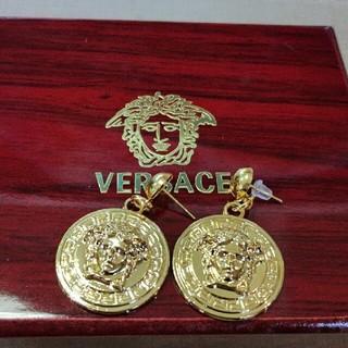 VERSACE - VERSACE ヴェルサーチ ゴールド ピアス 個性