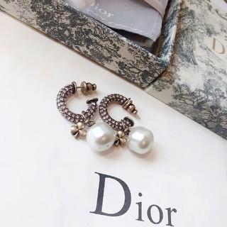 クリスチャンディオール(Christian Dior)のDIOR レディース ピアス 美品(ピアス)