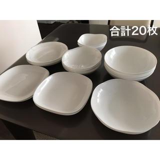 ヤマザキセイパン(山崎製パン)の【新品未使用】ヤマザキ 皿(食器)