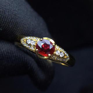 0.35ct レッド サファイア リング 南アフリカ産天然ダイヤモンド付き(リング(指輪))