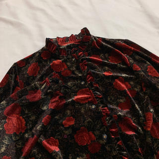 Grimoire - vintage ハイネック 花柄フリル ベロア レトロブラウス