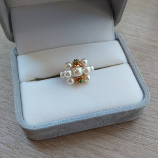 K14真珠エメラルド指輪(リング(指輪))