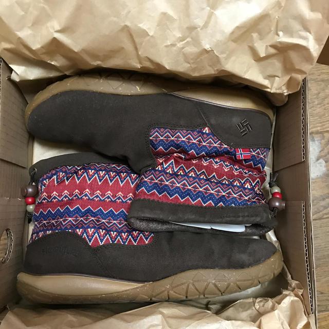 Columbia(コロンビア)のColumbia   ショートブーツ   茶色 レディースの靴/シューズ(ブーツ)の商品写真