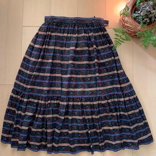 クリスチャンディオール(Christian Dior)のディオールのフレアスカート(ひざ丈スカート)