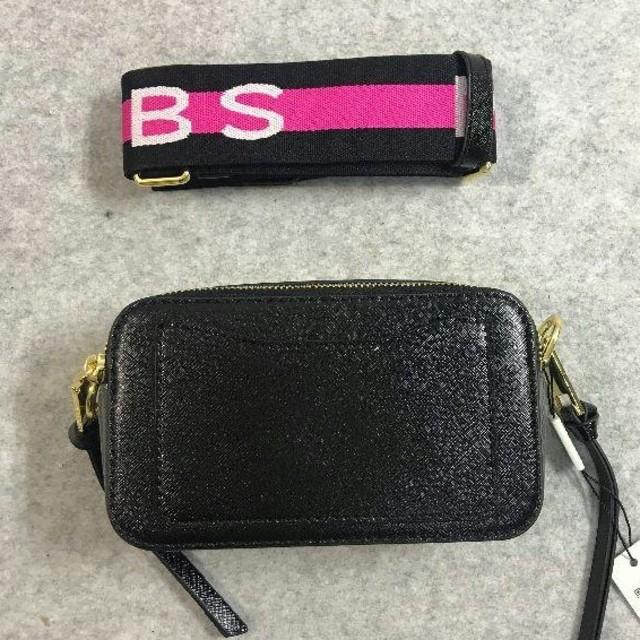 ファッション新品  MARC JACOBS ショルダーバッグ ブラック レディースのバッグ(ショルダーバッグ)の商品写真