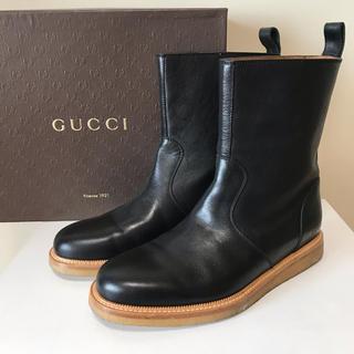 グッチ(Gucci)の☆未使用 グッチ シェリーライン ショート ペコス ブーツ 黒 イタリア製(ブーツ)
